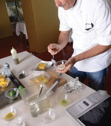 Moreno Cedroni working on the white sea lasagna